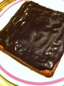 Yellow cake with Carob Glaze